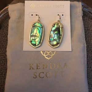 Kendra Scott Elle earnings